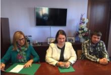 El Ayuntamiento de Barberà firma un convenio con la ONG Banco Farmacéutico para dar cobertura de medicación a personas sin recursos de la ciudad